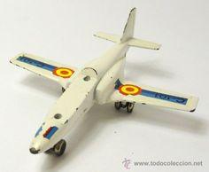 Avión metálico miniatura CASA C-101 Aviojet, Pilen modelo 712, jet Mirlo, ejército español