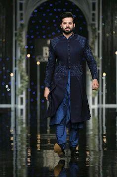 Sherwani For Men Wedding, Wedding Dresses Men Indian, Wedding Outfits For Groom, Sherwani Groom, Mens Sherwani, Wedding Dress Men, Wedding Suits, India Fashion Men, Indian Men Fashion