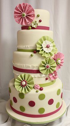 Pink and green paper flower and dots by Amanda Oakleaf Cakes, via Flickr