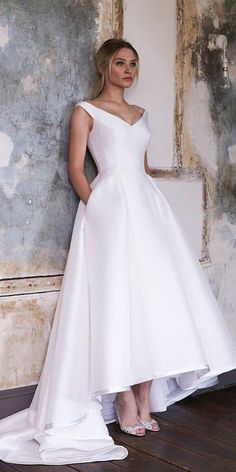 Discount Simple Hi Low V Neck 2019 Wedding Dresses Bridal Gowns With Pocket Backless Satin Vestido De Novia New Wedding Gowns New Cheap Cheap Designer Hi Low Wedding Dress, Western Wedding Dresses, Classic Wedding Dress, Wedding Dress Trends, Princess Wedding Dresses, Cheap Wedding Dress, Designer Wedding Dresses, Bridal Dresses, Wedding Gowns