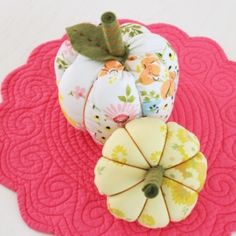 Create these pumpkins from vintage sheets!