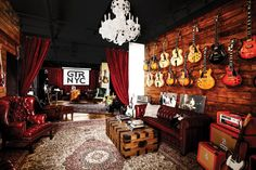 music room D'Angelico Showroom (Photo by D'Angelico Guitars) A Sure Shot in Pregnancy Prevention bir