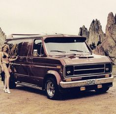 Custom 70's Ford van
