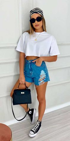 Cute Casual Outfits, Simple Outfits, Stylish Outfits, Girl Outfits, Fashion Outfits, Looks Com Short Jeans, Look Con Short, Outfits With Converse, Urban Fashion