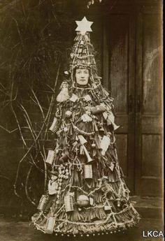 Unique vintage Christmas tree