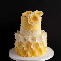 For more cake inspiration check out my … - Cake Decorating Writing Ideen Pretty Cakes, Cute Cakes, Beautiful Cakes, Amazing Wedding Cakes, Elegant Wedding Cakes, Quick Cake, Gateaux Cake, Themed Wedding Cakes, Cake Business