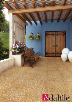 43 Ideas for exterior doors patio terraces Patio Roof, Pergola Patio, Backyard, Style Hacienda, Mexico House, Patio Flooring, Spanish House, Outdoor Living, Outdoor Decor