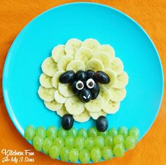 Silly and playful, the Sheep Fruit Snack is a great way to make food art for kids. | Kitchen Fun with My 3 Sons