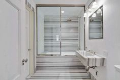 bathroom_002