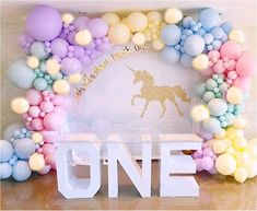 Carousel Birthday Parties, Unicorn Themed Birthday Party, Birthday Balloon Decorations, Rainbow Birthday, Birthday Balloons, 1st Birthday Parties, Halloween Birthday, Happy Birthday, Pastel Balloons