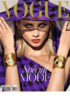 Vogue Paris septembre 2008: http://www.vogue.fr/photo/les-couvertures-de/diaporama/mert-marcus-en-16-couvertures-de-vogue-paris/6826#septembre-2008