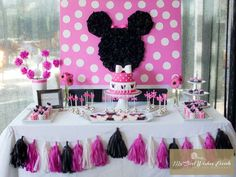 Minnie Mouse Birthday Party Ideas | Photo 7 of 11