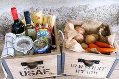 DIYコンテストの賞品〜ハンガーラックと木箱の使用例|LIMIA (リミア)