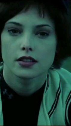 Twilight Movie Scenes, Twilight Videos, Twilight Pictures, Alice Cullen, Alice Twilight, Twilight Saga, Alice And Jasper, Wolf Love, Cute Actors