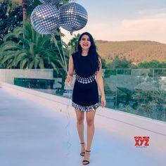 Samantha Ruth Prabhu (aka) Actress Samantha photos stills & images Samantha Images, Samantha Ruth, Stylish Dress Designs, Stylish Dresses, Beautiful Indian Actress, Beautiful Actresses, Bollywood Girls, Bollywood Fashion, Bollywood Actress