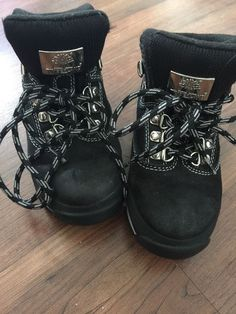 Timberland Black High Top Size 11 Boys Shoes Good Condition   eBay