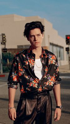 Cole Sprouse Shirtless, Cole Sprouse Hot, Cole Sprouse Jughead, Dylan Sprouse, Cole Sprouse Lockscreen, Cole Sprouse Wallpaper, Cole Sprouse Aesthetic, Cole Spouse, Dylan And Cole