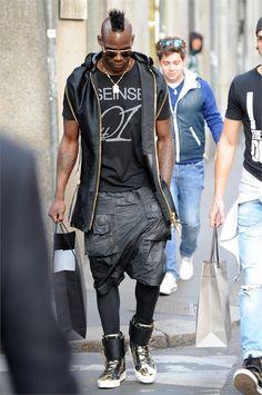 Lo street style di Mario Balotelli