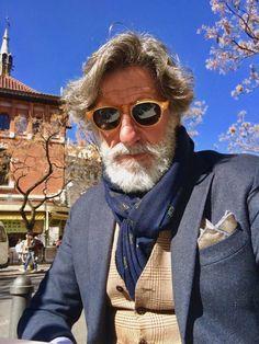 Mens Fashion Hipster – The World of Mens Fashion Older Mens Fashion, Old Man Fashion, Mens Boots Fashion, Cheap Fashion, Hipster Outfits, Hipster Fashion, Stylish Men Over 50, Beard Model, Well Dressed Men