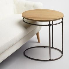 Our laptop table features an oval shape that offers ample workspace in one petite package. Made of solid acacia wood and metal, this mixed-material piece boasts an industrial look. Diy Coffee Table, Diy Table, Dining Table, Unique Coffee Table, Small Room Design, Farmhouse Side Table, Laptop Table, Steel Furniture, Table Furniture