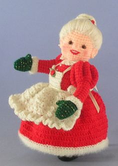 Crochet Amigurumi Design Crocheted Mrs Santa Claus Amigurumi - FREE Crochet Pattern and Tutorial by Sue Pendleton - Crochet Santa, Christmas Crochet Patterns, Crochet Christmas Ornaments, Holiday Crochet, Christmas Knitting, Crochet Gifts, Cute Crochet, Crochet Dolls, Christmas Crafts