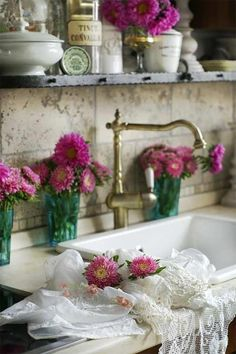 Lovely shabby chic kitchen... So pretty!! not looking too perfect ... So Adds interest and character!