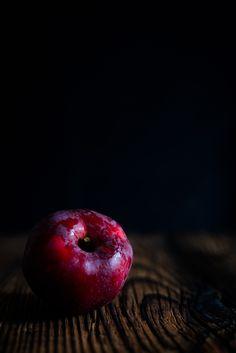 Ripe apple Still Life, Food Photography, Apple, Fruit, Apple Fruit, Apples