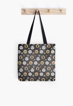 'Christmas Design' Tote Bag by Shane Simpson Christmas Bags, Christmas Design, Large Bags, Small Bags, Medium Bags, Iphone Wallet, Cotton Tote Bags, Louis Vuitton Monogram, Shopping Bag