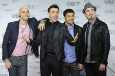 The boys of Hedley rocking the red carpet in style after winning Pop Album of the Year at the 2012 JUNO Awards!