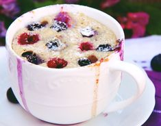 Upečeno do 4 minut! Mugcake - zdravě a s proteiny Sweet Recipes, Cheesecake, Food And Drink, Low Carb, Pudding, Yummy Food, Sweets, Mugs, Fitness