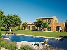 Inspiring Interiors: Country House in Spain Spanish Style Homes, Spanish House, Bay Area Housing, Stone Houses, Pool Houses, Luxury Villa, Simple House, Spain, Mansions