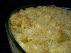 Alabama med shell macaroni, cooked and drained 1 can oz.) cream of mushroom soup c shredded cheese (use a combination of cheddar, monterey jack, colby jack & pepper jack for a kick) c mayonnaise (NOT Miracle Whip) Creamed Mushrooms, Stuffed Mushrooms, Stuffed Peppers, Macaroni Cheese Recipes, Baked Macaroni, Mac And Cheese Homemade, Mac And Cheese Recipe With Cream Of Mushroom Soup, Cooking Recipes, Oven Recipes