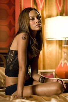 Zoe Saldana Cinema Aaliyah Hollywood Actresses Celebs Twitter Hot Sexy