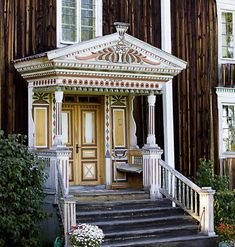 One old wooden house in Hälsingland, Sweden Vernacular Architecture, Architecture Details, Interior Architecture, Interior And Exterior, Behind The Green Door, Porch Entry, Wood Detail, Oh Deer, Beautiful Buildings