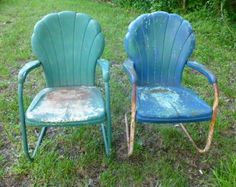 Vintage Metal Porch chairs shell back Vintage Metal Chairs, Metal Lawn Chairs, Porch Chairs, Metal Patio Furniture, Outdoor Lounge Chair Cushions, Cafe Chairs, Outdoor Chairs, Outdoor Decor, Knoll Chairs