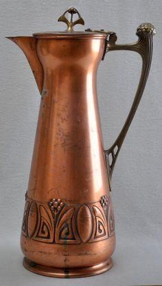 WMF Art Nouveau copper and brass flagon Copper Decor, Copper Art, Copper And Brass, Antique Copper, Copper Interior, Copper Tea Kettle, Jugendstil Design, Bronze, Art Nouveau Design