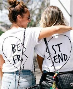 gift-for-the-best-friend-of-tee-shirts-personalized-written-heart-to-join-best-friend ideas for women diy - Givoya Sites Birthday Gifts For Best Friend, Friend Birthday, Best Friend Gifts, Your Best Friend, Gifts For Friends, Girl Birthday, Bestie Gifts, Birthday Nails, Female Friendship