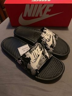 New Nike Slides Size 10 on Mercari Nike Slippers, Mens Slippers, Sock Shoes, Baby Shoes, Easy Style, Furry Boots, Nike Sandals, Hype Shoes, Nike Benassi
