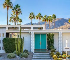 Discover recipes, home ideas, style inspiration and other ideas to try. Palm Springs Houses, Palm Springs Style, Palm Springs Interior Design, Palm Springs Mid Century Modern, Desert Homes, Mid Century House, Architecture, Exterior Design, Travel Oklahoma