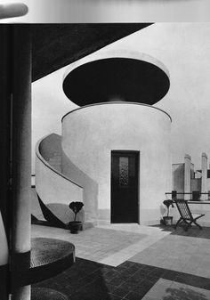 The cylindrical belvedere on the rooftop terrace of Villa Martel by Robert Mallet-Stevens, 1926-1927, Paris. Photo courtesy of House & Garden, April, 1985. / The Art of The Room