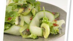 Ensalada de kiwi Green, pepino y cilantro