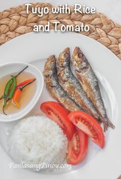 Tuyo is a type of sun dried fish. This is best eaten with spicy vinegar dip and rice. Tuyo is usually consumed for breakfast in the Philippines, although this dried fish can also be eaten for lunch or dinner.