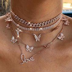 Cute Jewelry, Jewelry Accessories, Fashion Accessories, Fashion Clothes, Fashion Jewelry Necklaces, Jewelry Rings, Bling Jewelry, Fashion Pants, Fashion Necklace