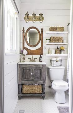 50 rustic farmhouse master bathroom remodel ideas (21)