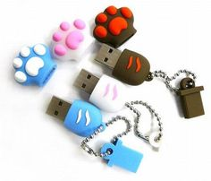 Now aren& these just absolutely cute to look at? The Cat Paw USB flash drive comes in only one memory size & but thankfully. Usb Gadgets, Cool Gadgets, Usb Drive, Usb Flash Drive, Usb Stick, Kawaii Accessories, Tech Accessories, Cat Paws, Apple Products