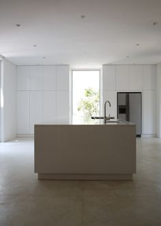 Silvio Rech and Lesley Carstens, INK Design Lab, minimalist kitchen in Capetown, South Africa, Remodeslista