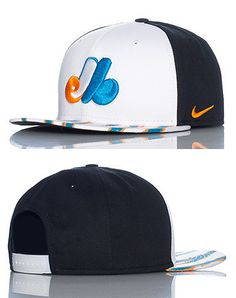NEW ERA Baseball snapback cap Adjustable strap on back of hat for ultimate comfort Embroidered Montreal Expos team logo on front Team Cap, Nike Outfits, Snap Backs, Snapback Cap, Montreal, Team Logo, Mlb, Baseball Hats, Top Hats