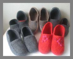 New crochet kids shoes hobbies 31 Ideas Loom Knitting Projects, Knitting For Kids, Crochet For Kids, Knitting Socks, Knitted Hats, Knitting Patterns, Crochet Patterns, Crochet Hats, Crochet Girls