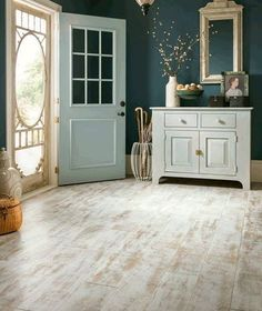 Rustic #laminate flooring that recreates the look of #vintage reclaimed look just in time for #Summer!