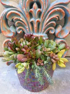 I love the mosaic pot!